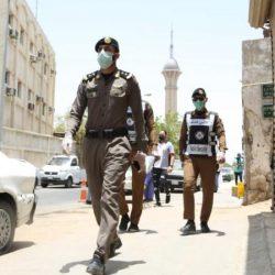 متطوعو يمناكم للعمل التطوعي بالجوف ينظفون و يعقمون المساجد و الجوامع