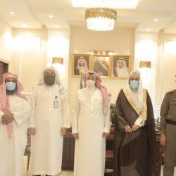 """أطلقتها هيئة الأمر بالمعروف بجدة """" الصلاة نور """" على شاشات جامعة الملك عبدالعزيز"""